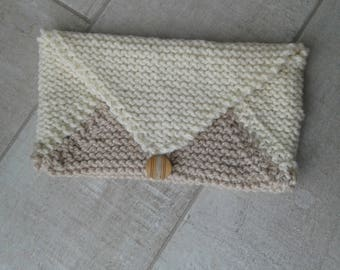 Knitted beige ecru wool clutch