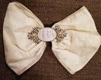 Beautiful Vintage Ivory Baroque  Wedding Hair Bow Barrette