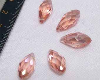Crystal water drop shape glass beads.