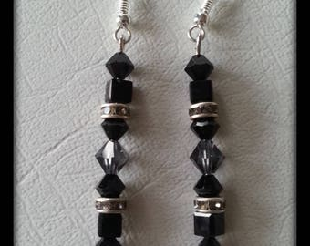 "Earrings dangling ""romantic"" black length 4cms"