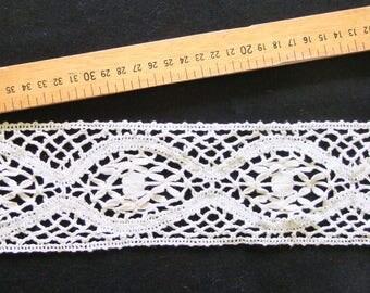 White crochet lace 9 cm