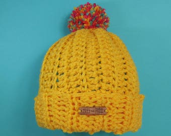 Adults   HEY DUGGEE INSPIRED   Unisex Crocheted Bobble Hat   With Multi Coloured Pom Pom