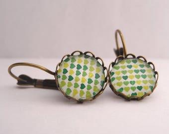 Earrings cabochon green hearts