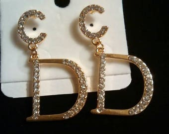 Beautiful c d style  earrings