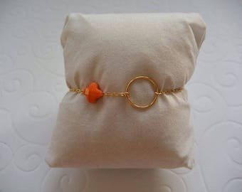 Circle and clover Orange bracelet on gold chain