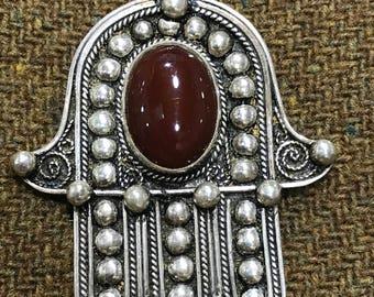 Berber Fatima hand