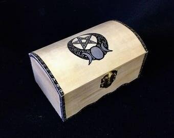 WICCA TAROT Box 14.5 cm x 7.5 cm x 9 cm hand-painted
