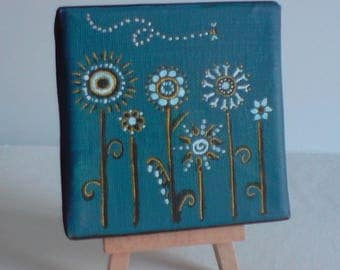 Mini canvas and easel. Flowers