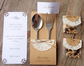 A 3 in 1: put cutlery, menu and place custom signs