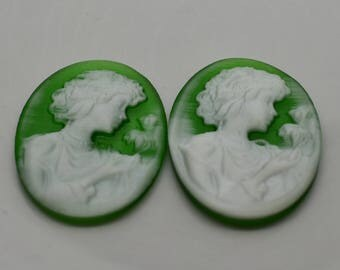 Pair of 25x18mm Oval Shaped Worman Cameo - Fiber Optic
