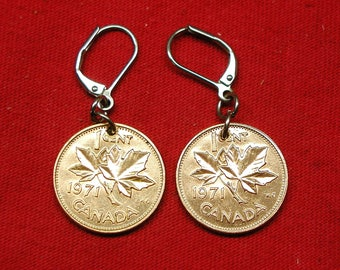 1971 earrings made with real under 1971 Canadian