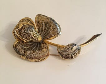 Damascene toledo style vintage flower brooch