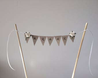 Mr and Mr cake topper . Wedding cake topper . Cake bunting . Rustic cake topper. Linen mini bunting