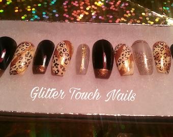 Crouching Leopard/ Press on nails / glue on nails / fake nails / false nails / nail accessories