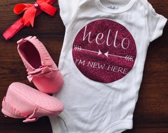 Baby girl hello im new here outfit | baby girl coming home outfit | newborn homecoming outfit | new baby | baby shower gift | I'm new here