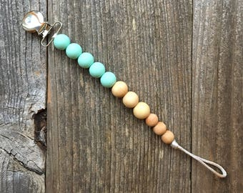 First Trails Bay Pacifier Clip in Mint Green