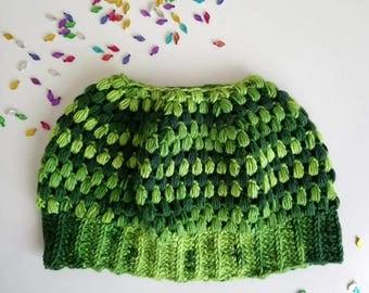 Messy bun beanie, Crochet womens green beanie, women beanie hat, Top knot beanie.