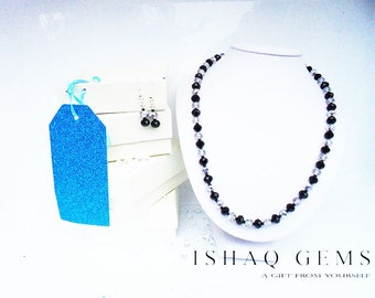 Monochrome Necklace and Earrings Set