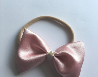 Light pink silk with pearl