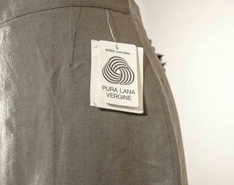 Vintage skirt from 70s // pure wool // hazelnut colour//High waist // UK 12 // Brand new still labeled // made in Italy
