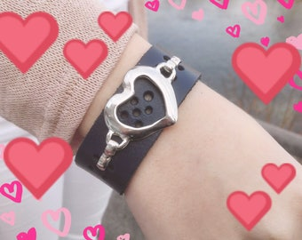 Valentine's Day. Blue leather bracelet with heart.A great gift for her, bracelet for love