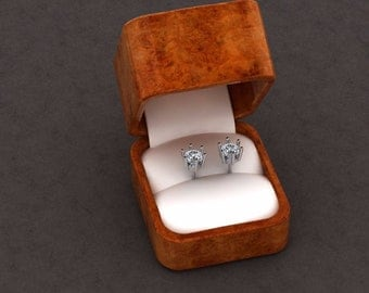 18ct White gold studs 5mm