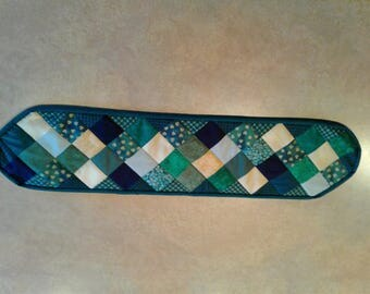 St. Patrick's day mini table runner
