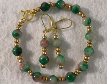 Green Glass and Gold Glass Beads Handmade Bracelet And Earrings