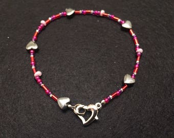Valentine heart bead bracelet