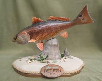 Fish statue - Red Fish