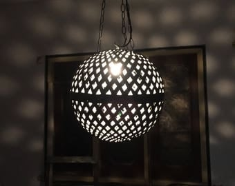 Iron Pendent Lamp