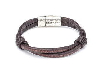Leather, unisex, silver, different bracelet.