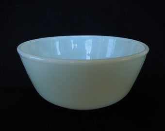 Vintage Fire King Anchor Hocking Mixing Bowl/Oven Proof