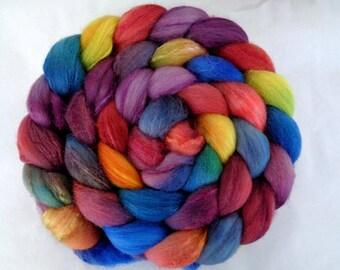 Merino silk roving, handpainted spinning fiber, wool roving, felting wool, roving, hand dyed roving, wool silk roving, teal, green, 3.5oz