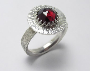 Garnet Rose-cut halo Polished Sterling Silver gemstone ring Textured Finish 2.85 ct Sz 8