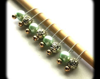 Snag Free Stitch Markers Small Set of 8 - Gold Acrylic Roses and Aqua Czech Glass Pearls -- K8 -- Up to size US 8 (5.0mm) Knitting Needles