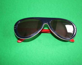 VINTAGE 1980s MARTIN brand mirrored sunglasses