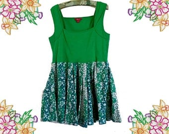 Fresh Greens. Plus Size Upcycled Dress / Tunic Top. Size large / extra large. Easy to wear Cotton Clothing.