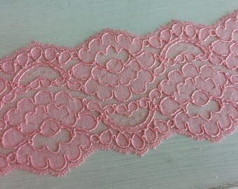 "CORAL/SALMON 3.5"" Wide Non-Stretch Lace - 2 yards"