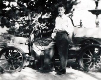 vintage photo 1947 Young Man Mac McCullard his 1900 Oldsmobile Car Winnemucca Nevada