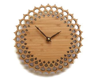 Lace wooden wall clock, gift for women, wedding gift, simple and modern