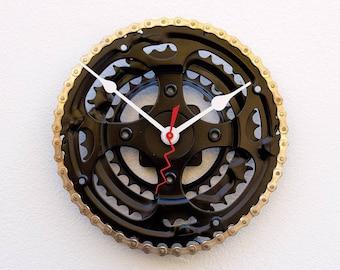 unique repurposed bike clock, bicycle parts gift, bike parts clock, Bike Gear Clock, cyclist gift, boyfriend gift, Recycled Bike Gear Clock