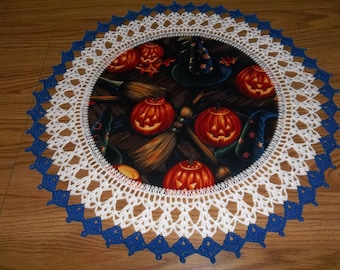 Halloween Lace Doily Crocheted Glowing Pumpkins Doily Centerpiece Fabric Center Crocheted Edging Table Topper Decoration Gift