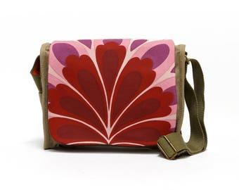 Canvas Bag, Vintage Fabric Upcycled Handbag, 70s Shoulder Bag, Retro Saddle Bag by EllaOsix