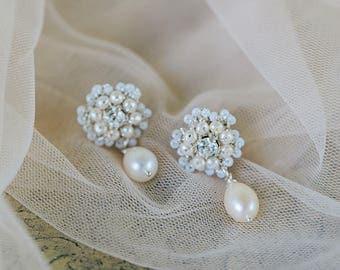 Pearl Wedding Stud Earrings | Teardrop Earrings for Bride | Silver Bridal Earrings | Pearl Wedding Jewelry | Vintage Bridal Earrings | Lucca
