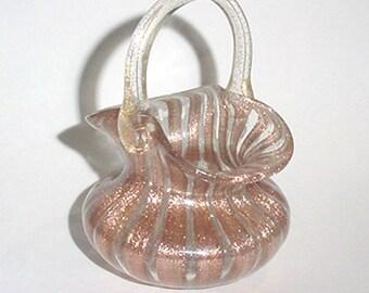 Basket - Gold Aventure  Ribbon Art Glass -  Murano Glass..-Gorgeous Little Basket