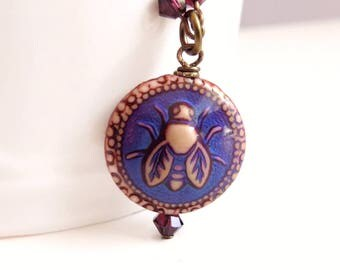 Beatrice - Mood bead bee necklace - bee jewelry - bee pendant - color changing necklace - burgundy
