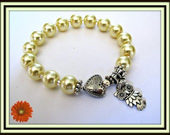 Owl  Stretch Bracelet,  Yellow faux Pearls,  fits 6 3/4 to 7  inch wrist, Body Jewelry, Beaded, Item # 1232