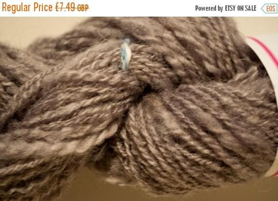 Christmas In July Grey Welsh Ewe Handspun Art Yarn 47g/126yds