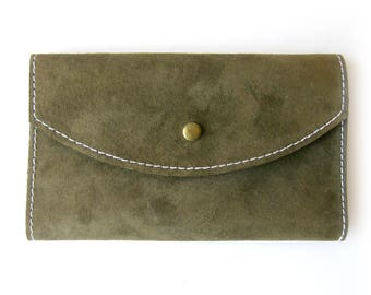 Suede Vintage Wallet / Color Block Wallet / Billfold Organizer with Change Purse /  Olive Green and Raspberry Suede Wallet / Suede Clutch